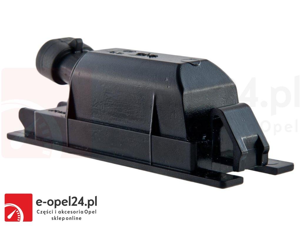 Oświetlenie tablic rejestracyjnych - Opel Insignia A