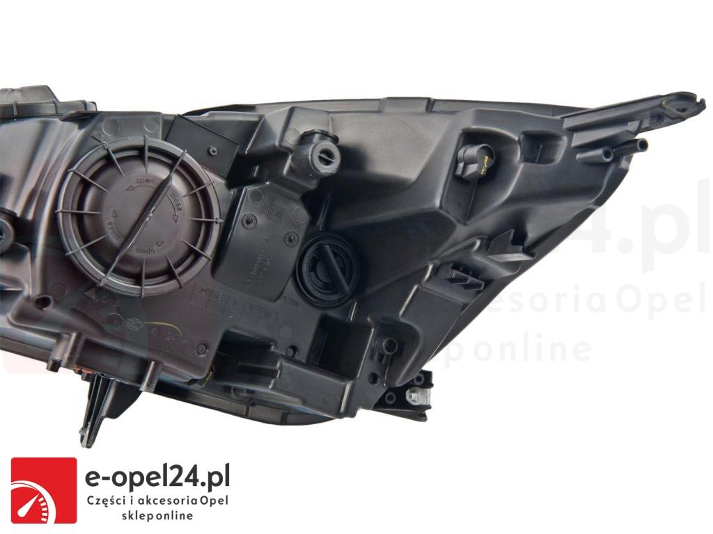 Lampa Przód prawy Opel insignia