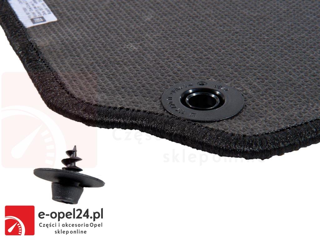 Komplet oryginalnych dywaników ze stoperami antypoślizgowymi w zestawie do opla corscy