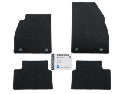 Komplet czterech dywaników opel insignia a kolor czarny - 1791458 GM 93199681