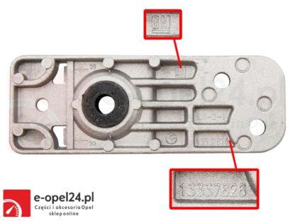 Uchwyt wspornik dolny chłodnicy OE GM Opel Astra J IV Zafira C 1310014 / 13337826